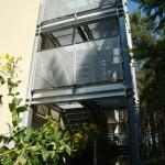 Nebau einer Fluchttreppe aus Stahl